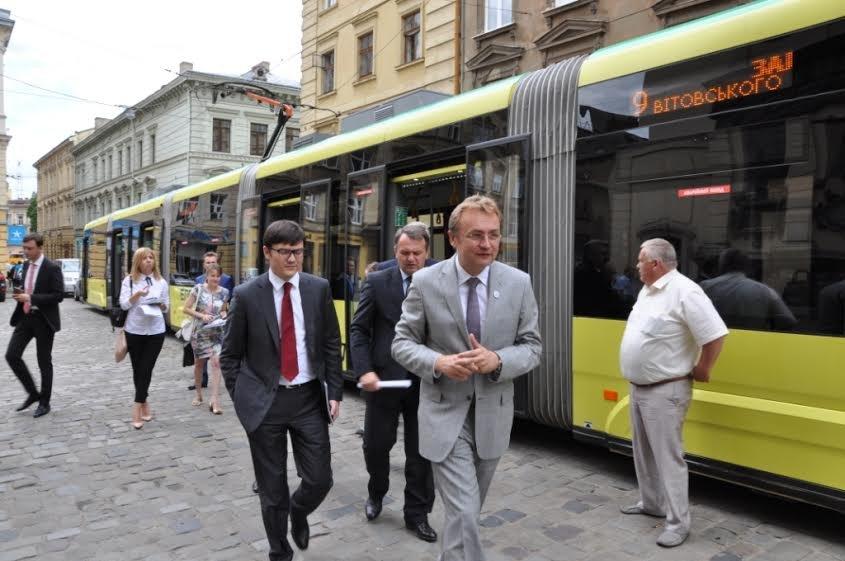 У Львові перебуває з робочим візитом Міністр інфраструктури України (ФОТО) (фото) - фото 5