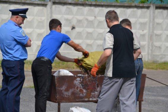 Львівські правоохоронці спалили наркотиківна суму півтора мільйона гривень (ФОТО) (фото) - фото 1