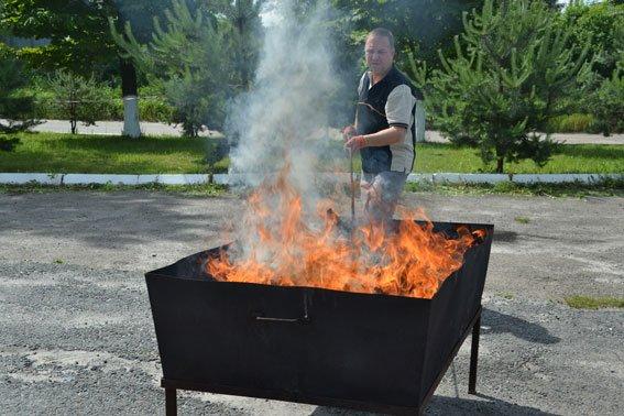 Львівські правоохоронці спалили наркотиківна суму півтора мільйона гривень (ФОТО) (фото) - фото 7