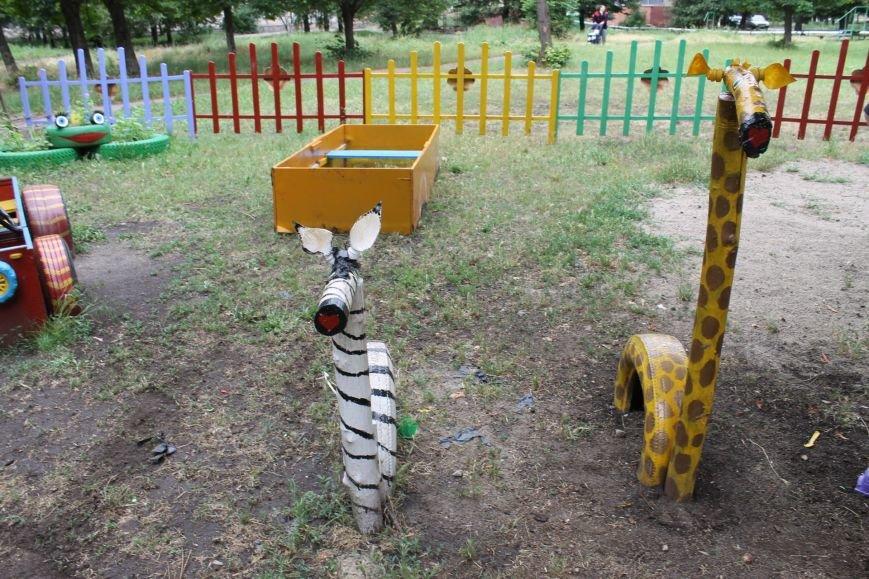 В Кривом Роге «при поддержке» молодых мамочек появилась детская площадка (ФОТО), фото-5
