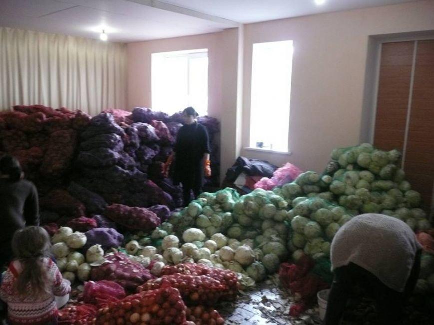 Краматорский Центр помощи переселенцам живет заботой о людях, фото-10