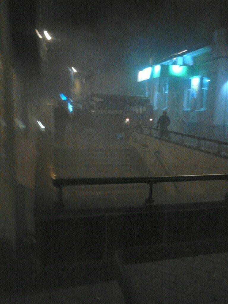 Ночью в Харькове в переходе станции метро обнаружили дымовую шашку (ФОТО) (фото) - фото 1