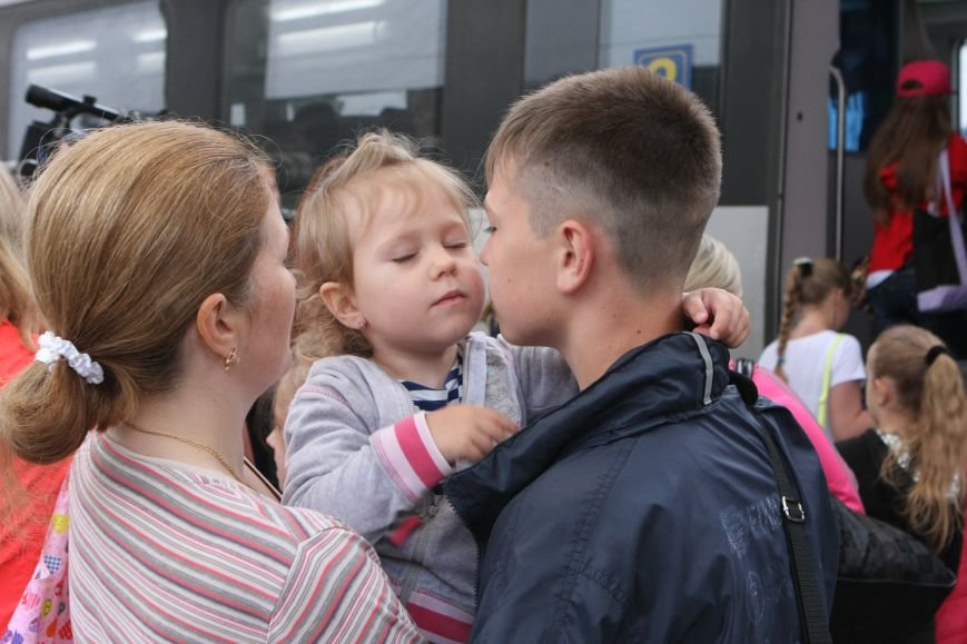Первая группа детей военнослужащих АТО отправилась на отдых в Венгрию, фото-3
