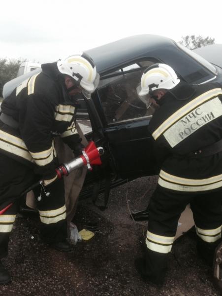 В тройной аварии на крымской трассе один человек погиб, четверо травмированы (ФОТО), фото-3