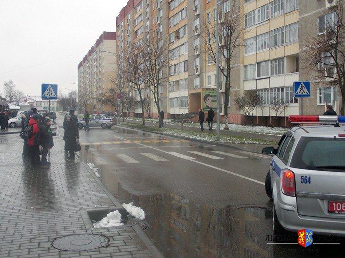 Свидетели о грузовике, сбившем школьницу: «Поравнявшись с пешеходным переходом, увидел под проезжавшим автомобилем – ребенка…» (фото) - фото 1