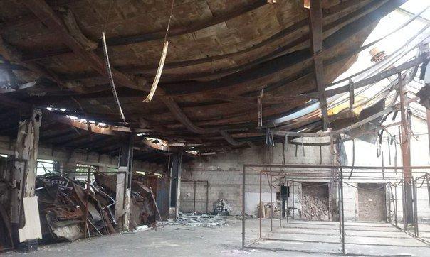 Что осталось от рынка на пр.Партизанский в Донецке после обстрелов (ФОТО) (фото) - фото 5