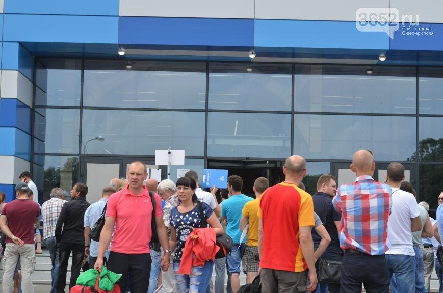 Миллионный турист прилетела в Крым из Санкт-Петербурга. Сегодня ее встретили в аэропорту Симферополя (ФОТО) (фото) - фото 4