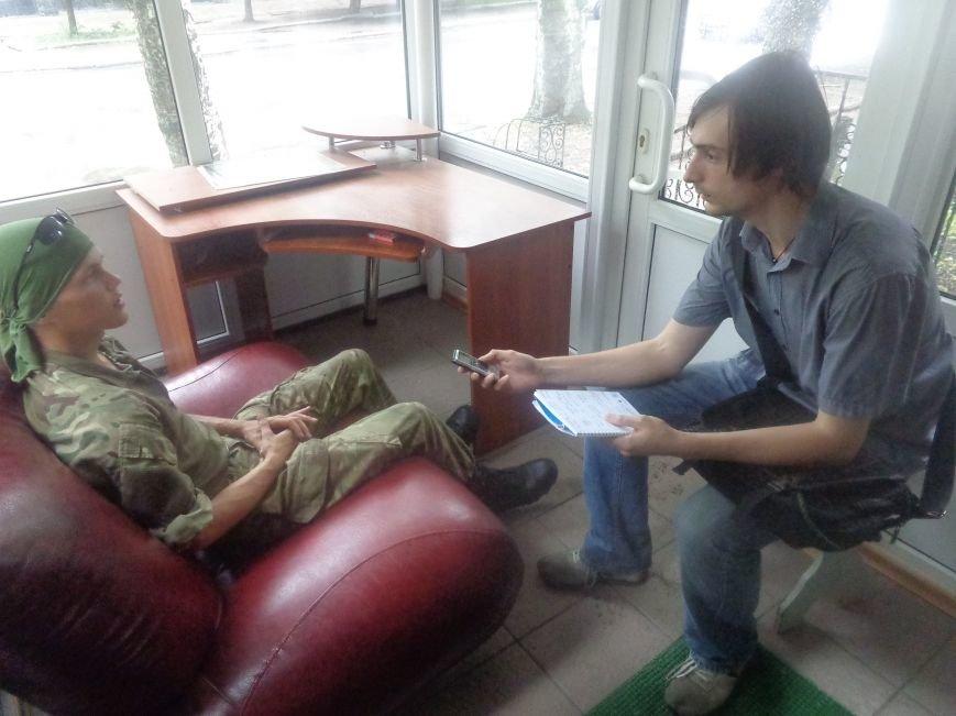 Боец добровольческого батальона «Карпатская Сечь» Александр Шаповал: «Когда война закончится, я продолжу служить Украине» (фото) - фото 1