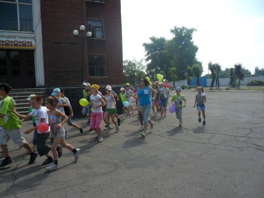 Димитровские школьники отпраздновали Международный олимпийский день в спортивных забегах (ФОТО), фото-3