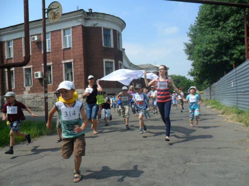 Димитровские школьники отпраздновали Международный олимпийский день в спортивных забегах (ФОТО), фото-6