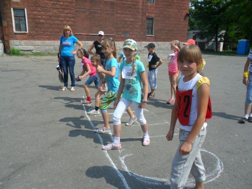 Димитровские школьники отпраздновали Международный олимпийский день в спортивных забегах (ФОТО), фото-5