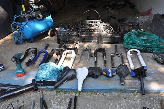 Чернівецька міліція  просить  господарів викрадених велосипедів впізнати їх і повернути собі (ФОТО) (фото) - фото 5