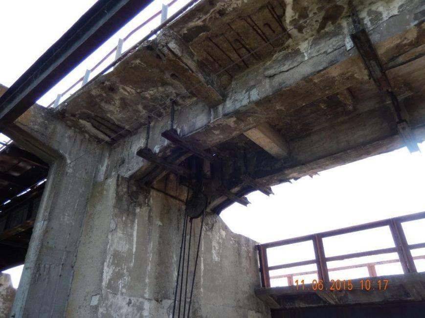На Нижней Крынке разрушается дамба, назревает экологическая катастрофа (фото) - фото 2
