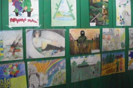 """У дитячому таборі """"Вербиченька"""" на Сторожинеччині оздоровлюються діти з Луганщини (ФОТО) (фото) - фото 4"""