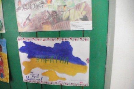 """У дитячому таборі """"Вербиченька"""" на Сторожинеччині оздоровлюються діти з Луганщини (ФОТО) (фото) - фото 3"""