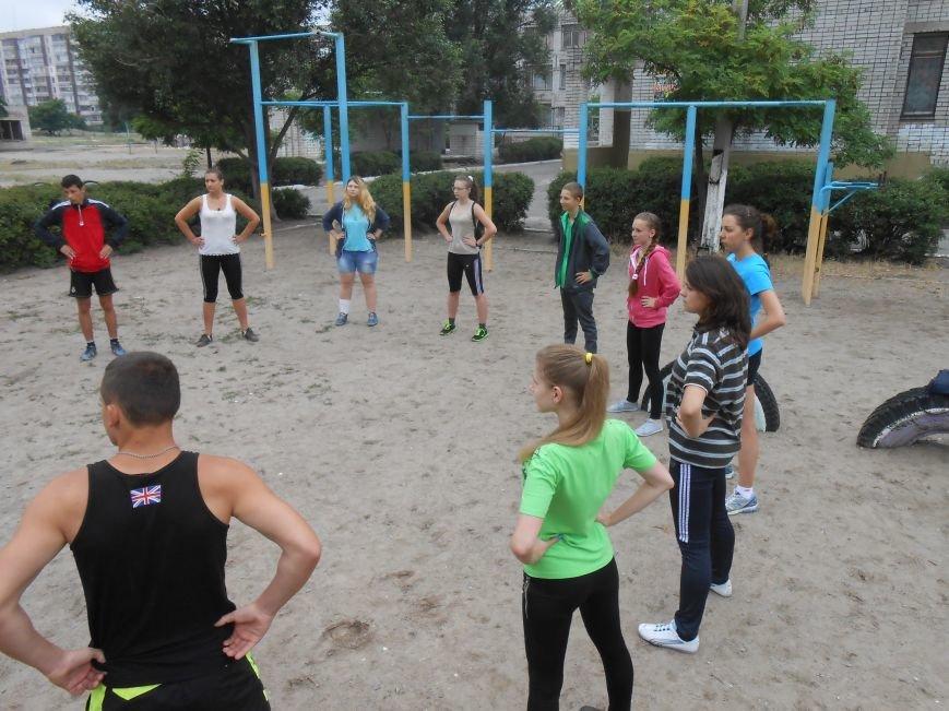 В Днепродзержинске состоялась пробежка в поддержку здорового образа жизни (фото) - фото 3