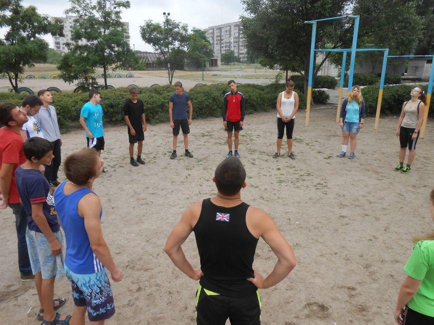 В Днепродзержинске состоялась пробежка в поддержку здорового образа жизни (фото) - фото 2