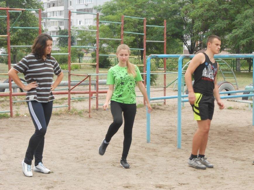 В Днепродзержинске состоялась пробежка в поддержку здорового образа жизни (фото) - фото 4