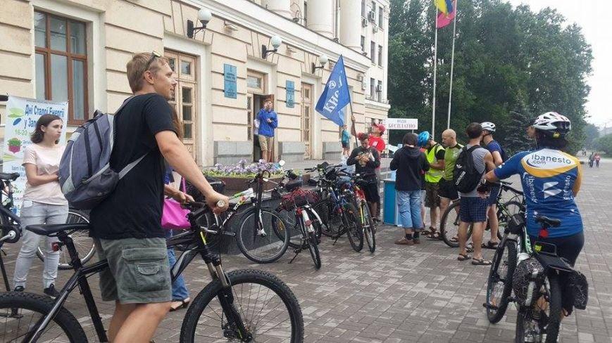 Запорожцы присоединились к всеукраинской акции «Велосипедом на работу» (ФОТО), фото-1