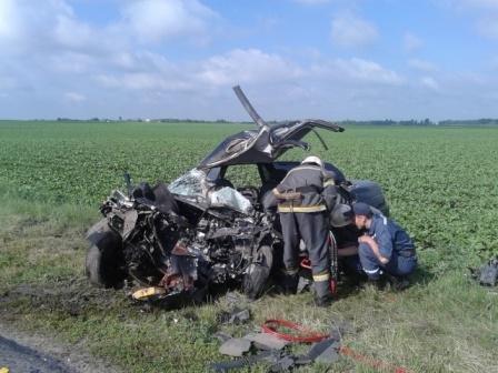 В Кировоградской области произошло трагическое ДТП. ФОТО (фото) - фото 1