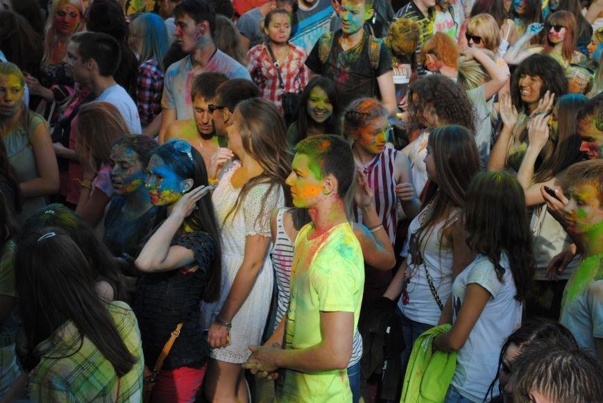В парке Горького прошел фестиваль красок Холи (ФОТО), фото-3