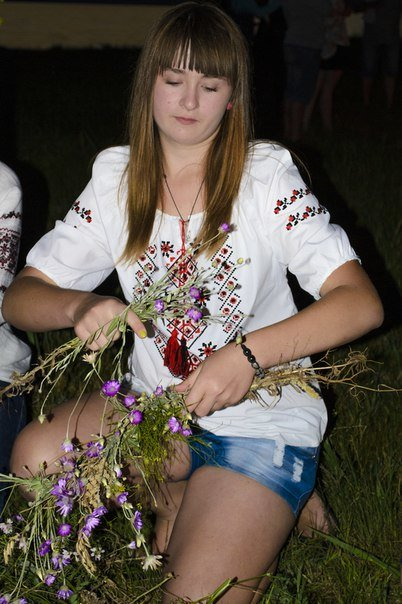 Николаевцы отметили праздник Купалы хороводами вокуруг костра (ФОТОРЕПОРТАЖ) (фото) - фото 2