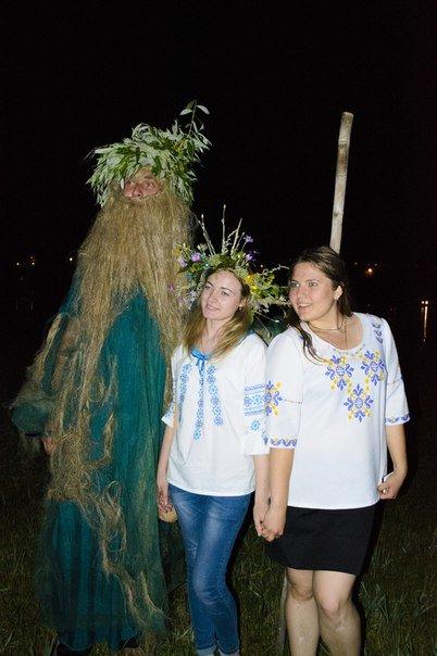 Николаевцы отметили праздник Купалы хороводами вокуруг костра (ФОТОРЕПОРТАЖ) (фото) - фото 10