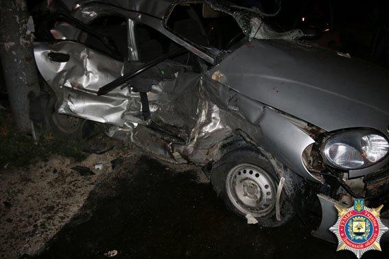 В Мариуполе бойцы «Азова» попали в ДТП. Есть погибший (ФОТО+ДОПОЛНЕНО) (фото) - фото 1