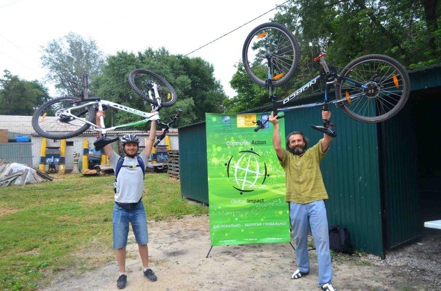 В Запорожье появился первый в городе велосипедный гараж (ФОТО), фото-5
