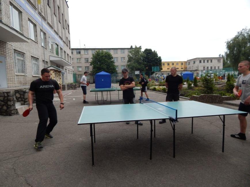 Прокуроры, пенитенциарии и ребята из Кременчугской воспитательной колонии состязались в спорте (ФОТО) (фото) - фото 1
