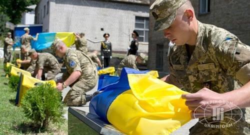 В Киеве открыли Аллею героев, погибших в АТО (ФОТО) (фото) - фото 1