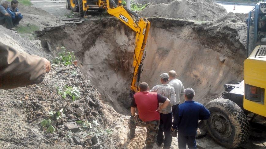 В Сумах самотечный коллектор забился песком (ФОТР) (фото) - фото 1