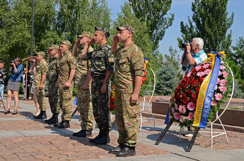 Николаевцы почтили память жертв  войны (ФОТО+ВИДЕО), фото-11