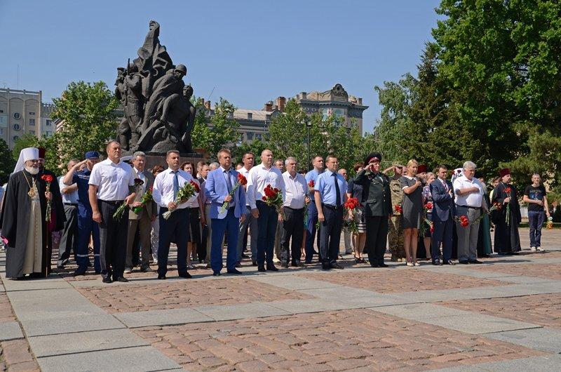 Николаевцы почтили память жертв  войны (ФОТО+ВИДЕО), фото-10