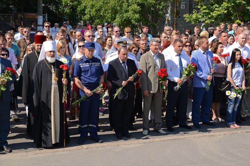 Николаевцы почтили память жертв  войны (ФОТО+ВИДЕО), фото-8