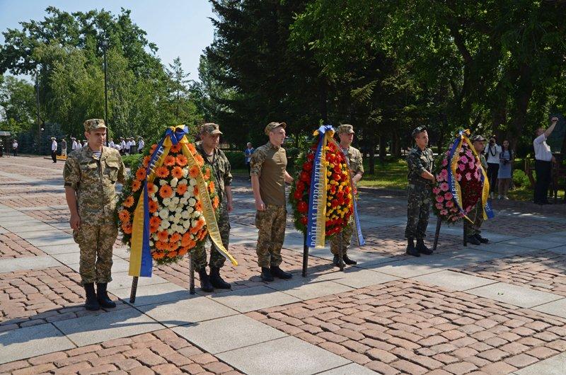 Николаевцы почтили память жертв  войны (ФОТО+ВИДЕО), фото-6