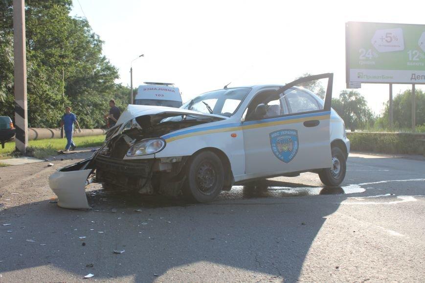 ДТП в Кривом Роге: школьники на «ВАЗе» влетели в автомобиль государственной службы охраны. Есть пострадавшие (ФОТО, ВИДЕО), фото-15