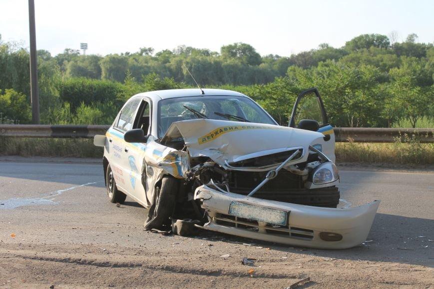 ДТП в Кривом Роге: школьники на «ВАЗе» влетели в автомобиль государственной службы охраны. Есть пострадавшие (ФОТО, ВИДЕО), фото-14