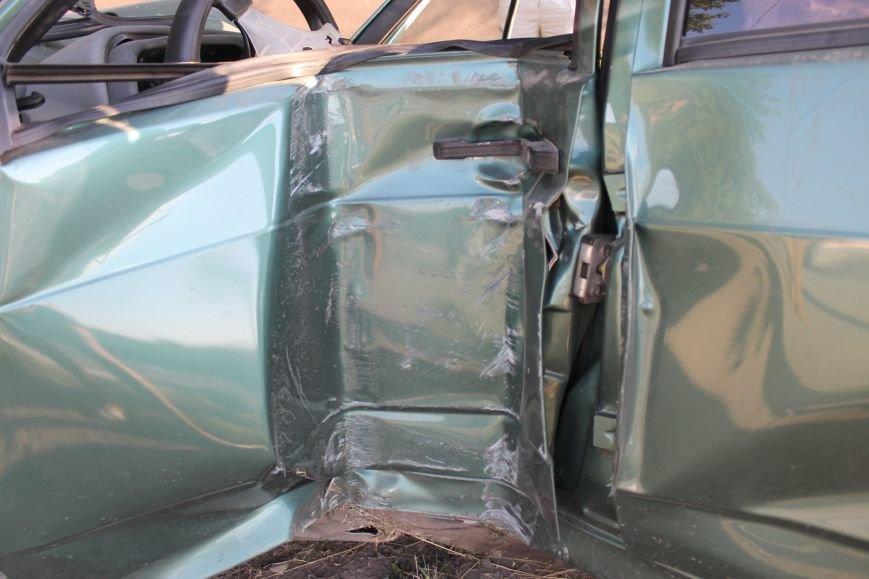 ДТП в Кривом Роге: школьники на «ВАЗе» влетели в автомобиль государственной службы охраны. Есть пострадавшие (ФОТО, ВИДЕО), фото-9
