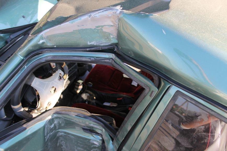 ДТП в Кривом Роге: школьники на «ВАЗе» влетели в автомобиль государственной службы охраны. Есть пострадавшие (ФОТО, ВИДЕО), фото-8