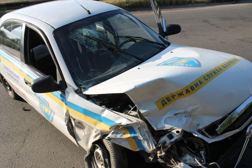 ДТП в Кривом Роге: школьники на «ВАЗе» влетели в автомобиль государственной службы охраны. Есть пострадавшие (ФОТО, ВИДЕО), фото-10