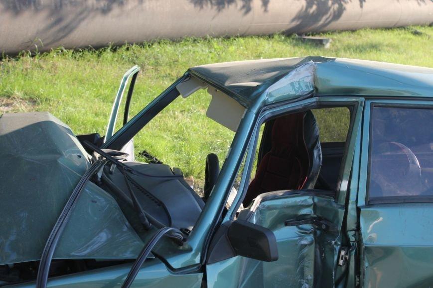 ДТП в Кривом Роге: школьники на «ВАЗе» влетели в автомобиль государственной службы охраны. Есть пострадавшие (ФОТО, ВИДЕО), фото-16