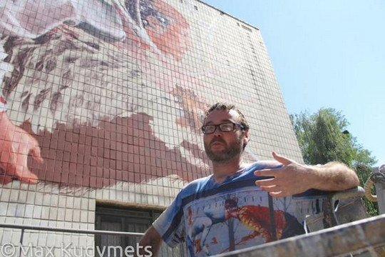 В Киеве на Подоле появилась новая настенная фреска (ФОТО, ВИДЕО) (фото) - фото 1