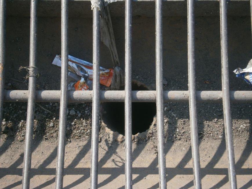 В Димитрове почистили ливневую систему водоотвода в м-не «Светлый» (фото) - фото 6
