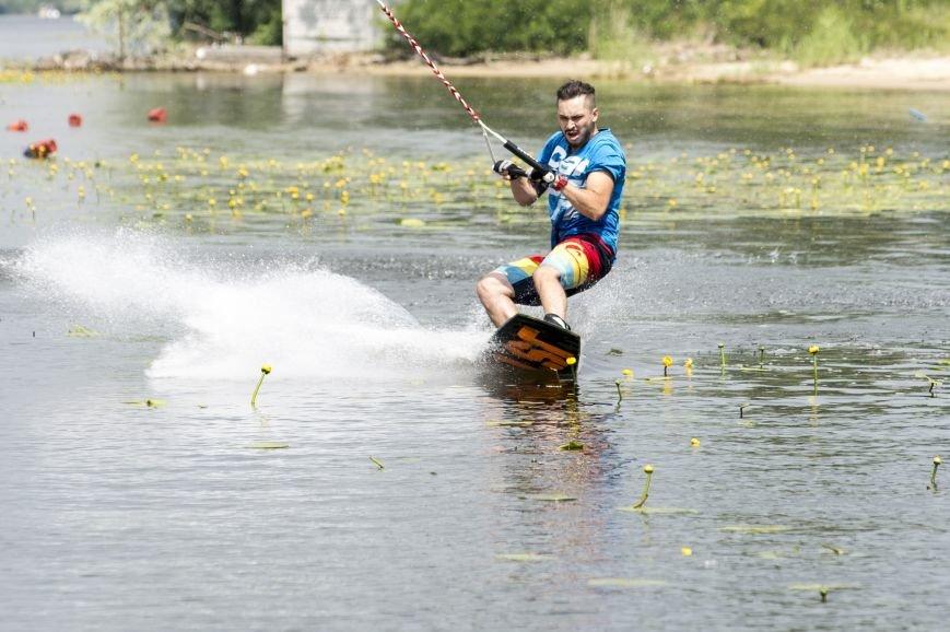 В Запорожье состоялся зрелищный спортивный фестиваль по Вейкбордингу (ФОТОРЕПОРТАЖ), фото-17