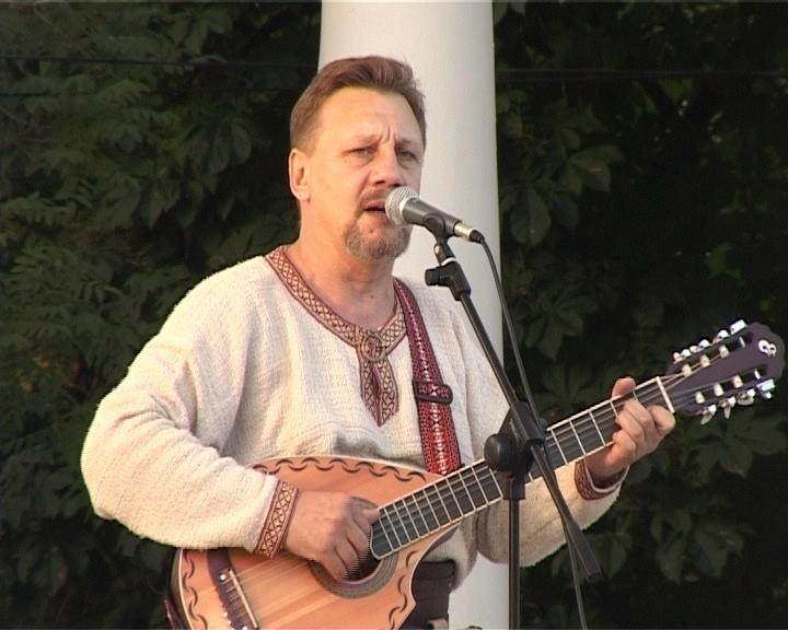 Большой славянский фестиваль в Армавире открыл концерт Николая Емелина (фото) - фото 1