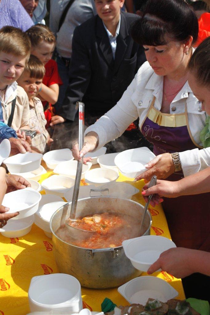 В Чернигове готовили борщ с Укропом, фото-2