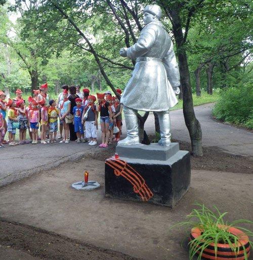 В парке им.Н.А.Вознесенского прошла акция «Зажги свою свечу памяти», фото-1