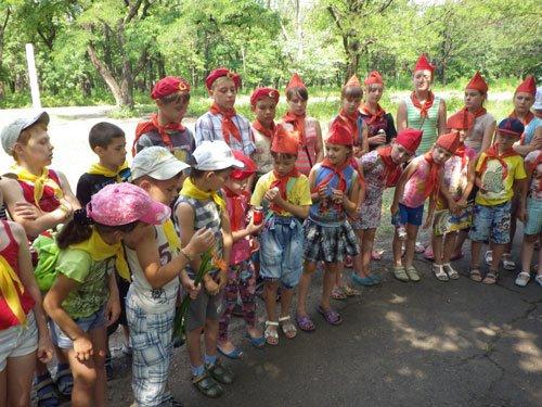 В парке им.Н.А.Вознесенского прошла акция «Зажги свою свечу памяти», фото-2
