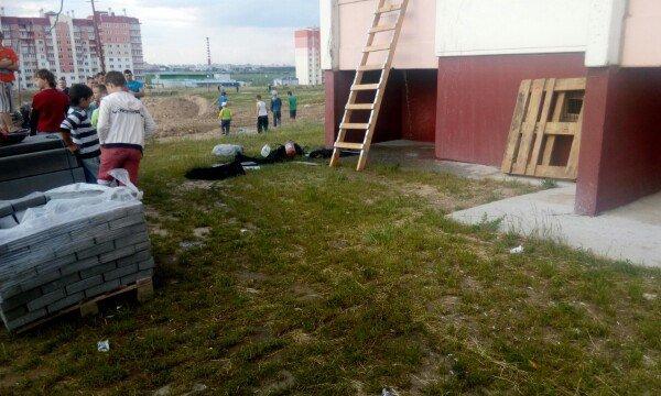 Фотофакт: На Ольшанке горел балкон (фото) - фото 4